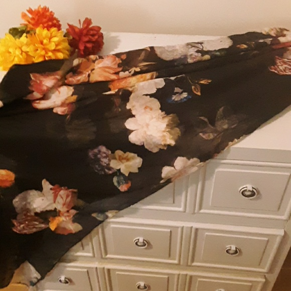 Accessories - Large navy blue floral pattern scarf.